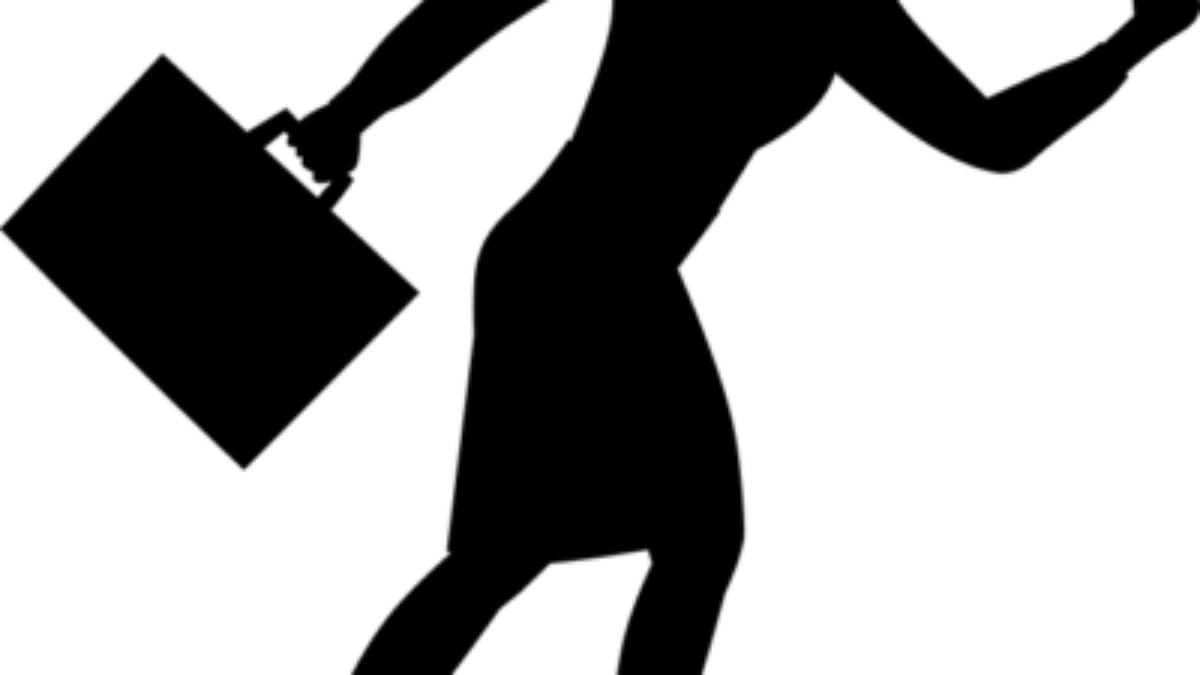 silhouette-3145319_640