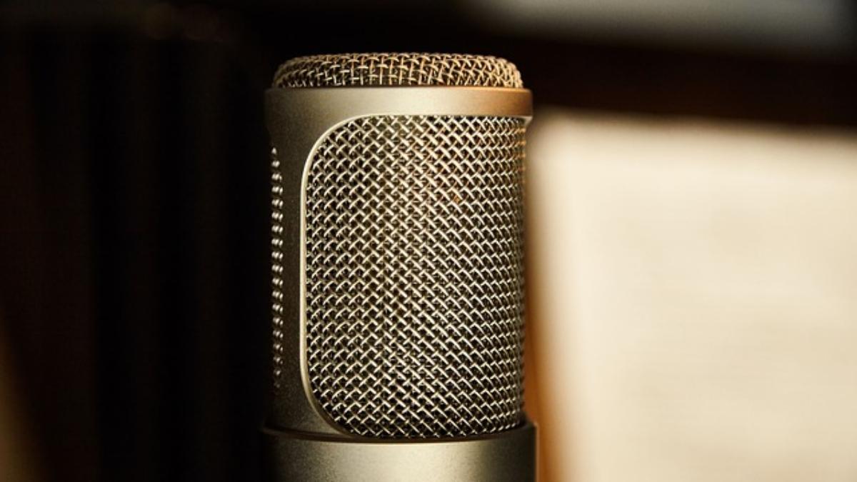 microphone-g2b167b183_640